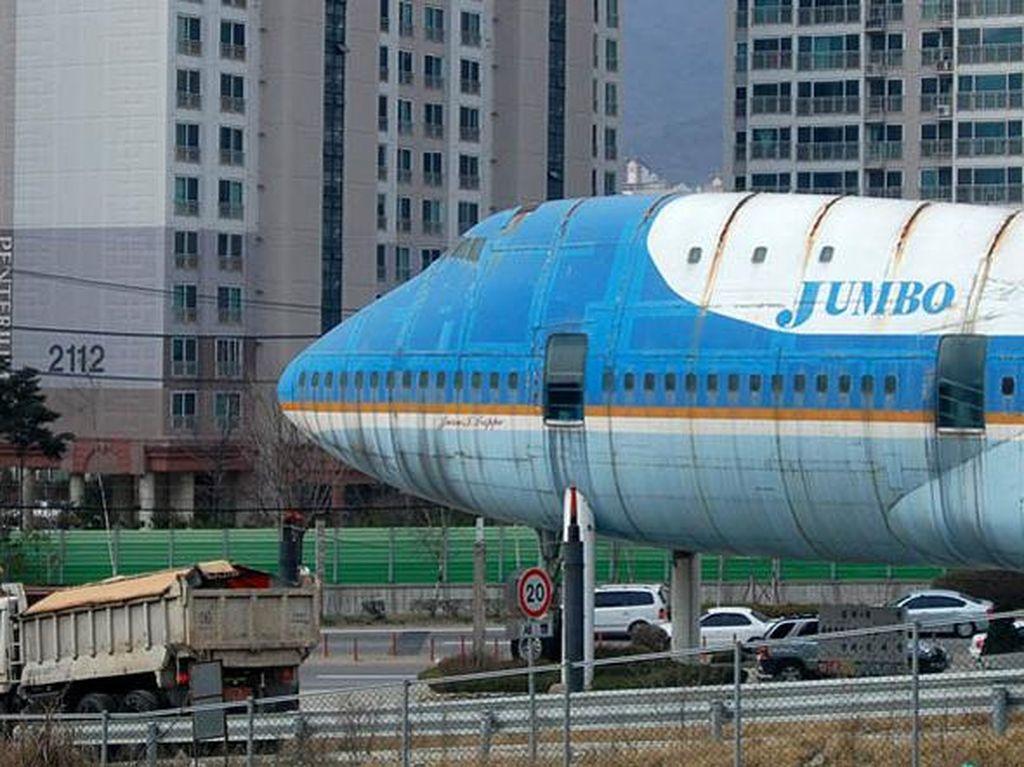 Mangkrak! Restoran Pesawat di Korea Selatan Ini Punya Sejarah Menarik