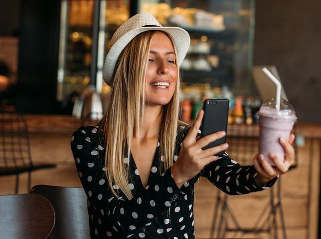7 Komentar Selebgram Saat Mengulas Makanan Ini Bikin Bingung