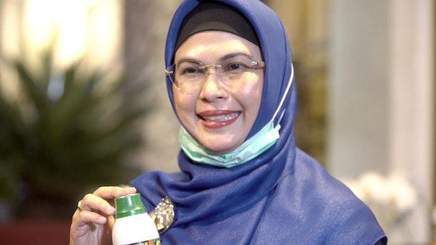 Bakal calon Wali kota Tangsel Siti Nur Azizah yang juga merupakan anak Wapres Ma'ruf Amin menyikapi persoalan sampah yang terjadi di Tangerang Selatan.