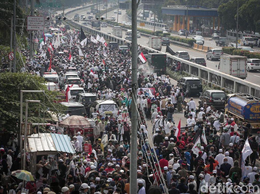 PA 212 Usut Kabar Massa Demo Bakar Bendera PDIP