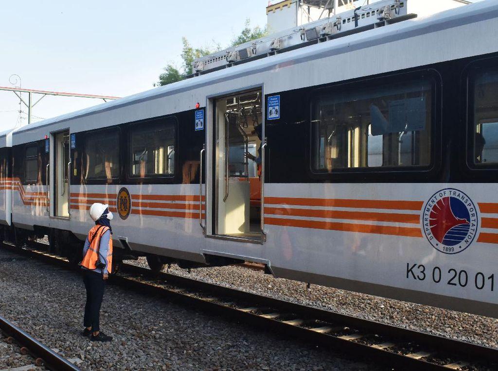 Mantap! Ternyata Kereta Buatan INKA Bisa Lebih Murah dari China