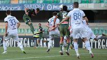 Video Dua Gol Sundulan Menangkan Napoli atas Verona