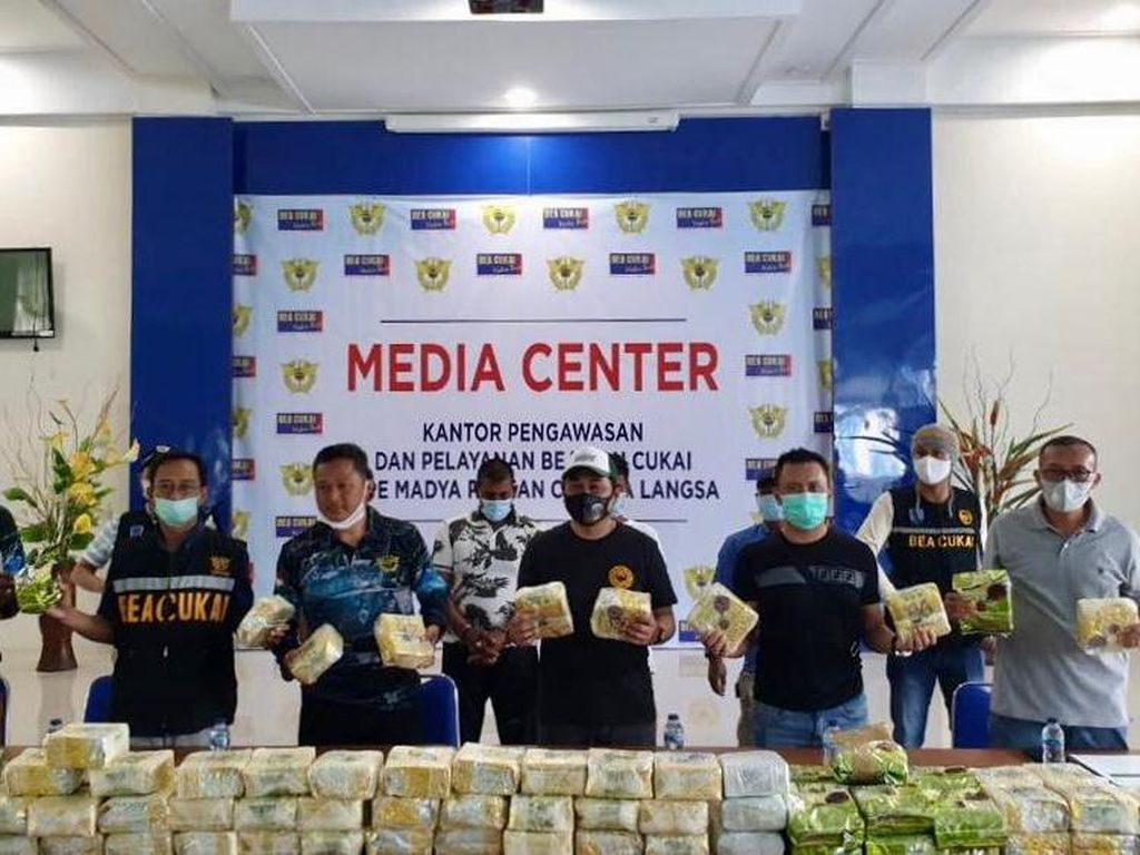 Selundupkan 119 Kg Sabu dari Malaysia, 3 Pria di Aceh Ditangkap