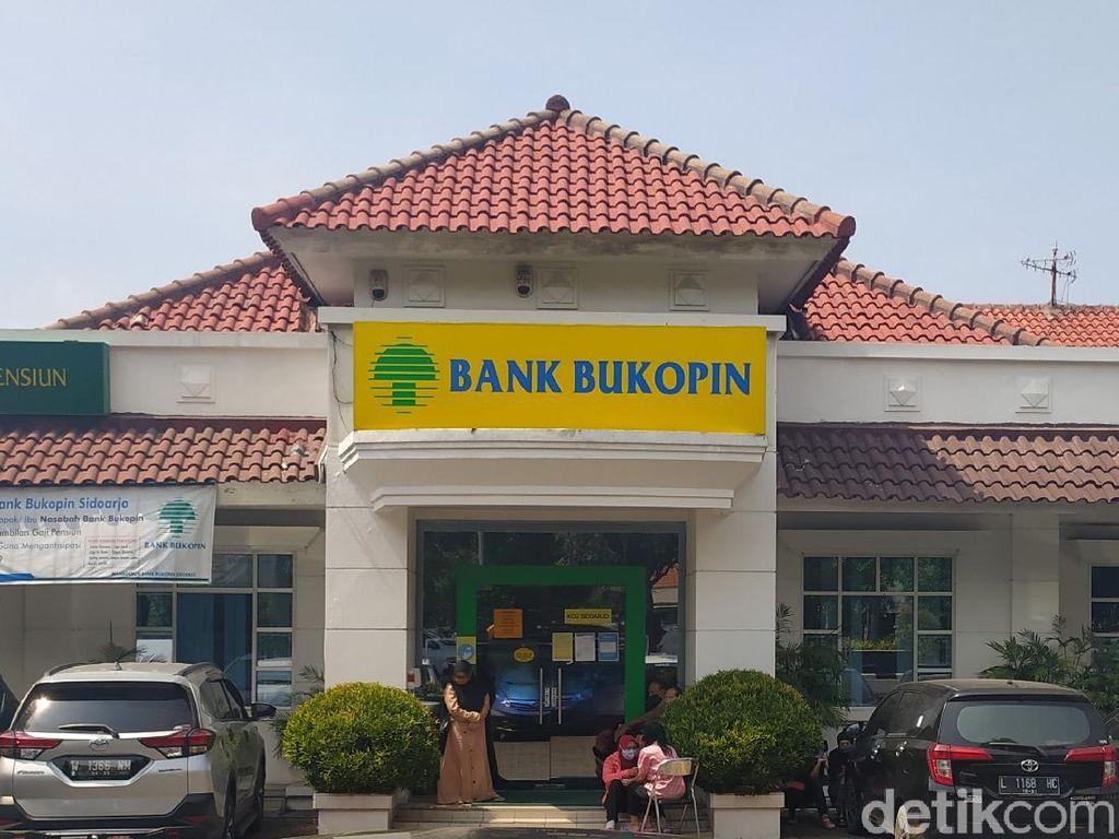 Nasabah Kecewa Tak Bisa Cairkan Uang Rp 45 M, Ini Penjelasan Bank di Sidoarjo