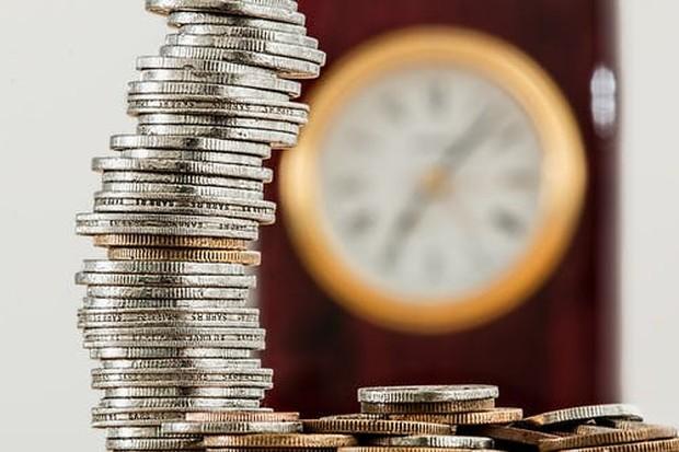 Pengaturan keuangan menjadi salah satu aspek penting yang dapat mempengaruhi kondisi keharmonisan keluarga.