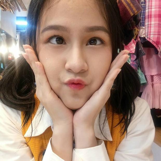 Foto cute JKT48 saat manggung