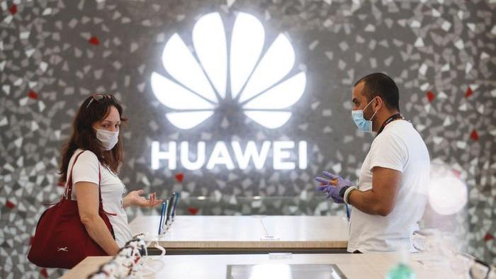 Huawei dituding pemerintah Trump disokong oleh militer China