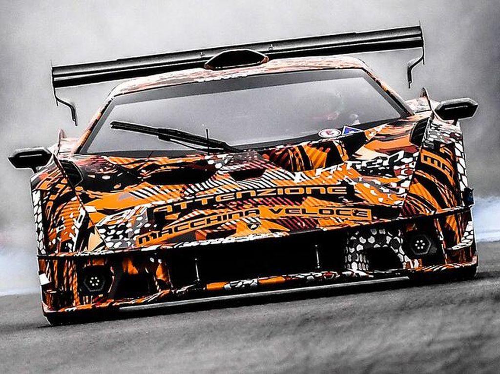 Menakutkan! Ini Suara Mesin V12 Lamborghini Terkencang