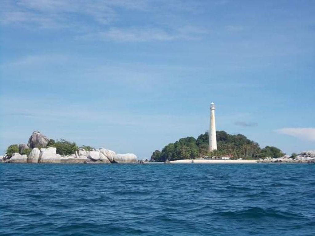 Perjalanan Indah Menuju Pulau Lengkuas Belitung