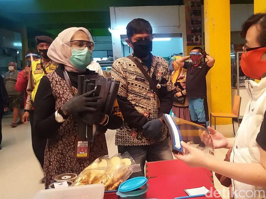 Gugus Tugas Soroti Minimnya Tempat Cuci Tangan di Pasar Bandung