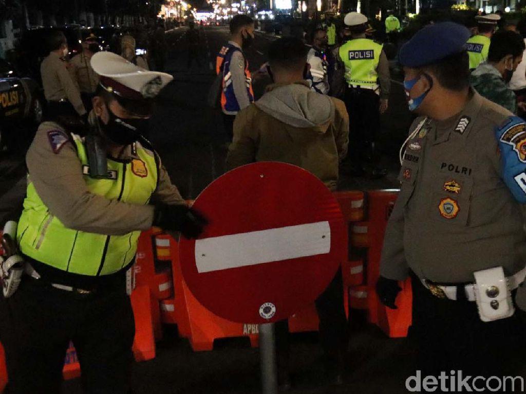 Pemkot Bandung Kembali Tutup 4 Jalan Protokol