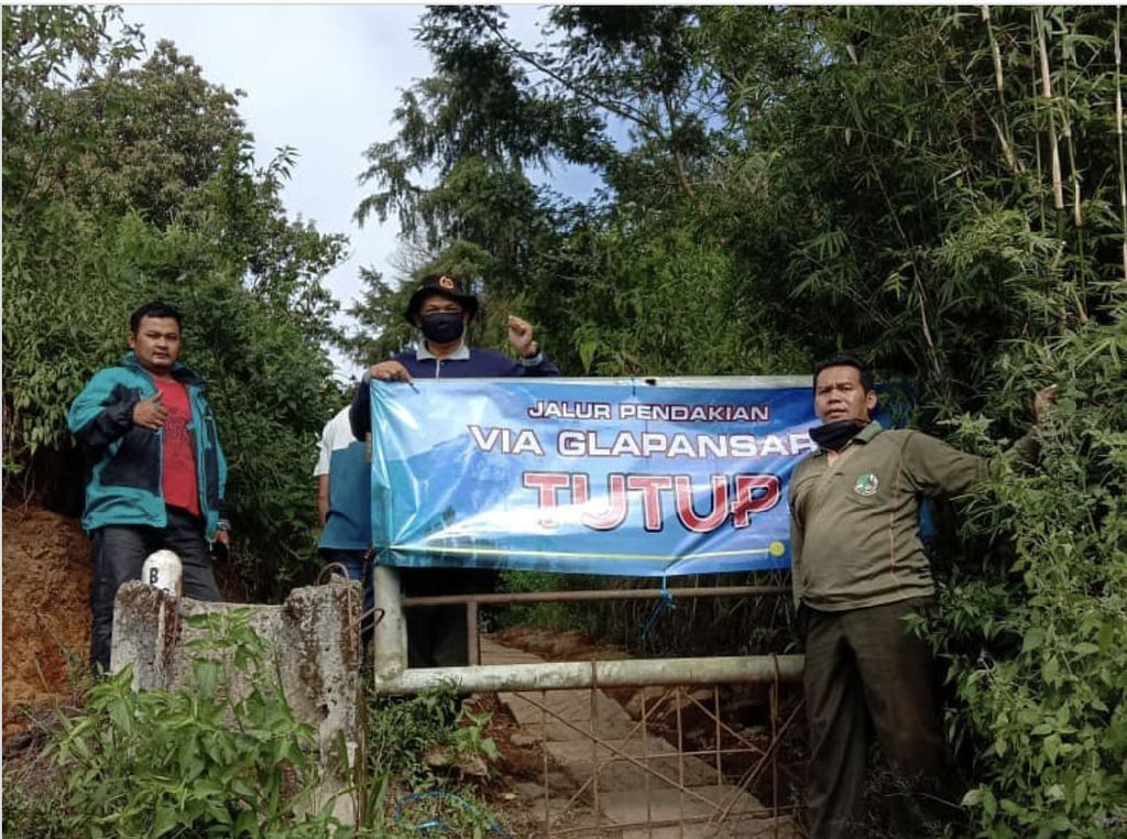 Jalur Trabas Doni Tata Cs di Gunung Sumbing Dibekukan