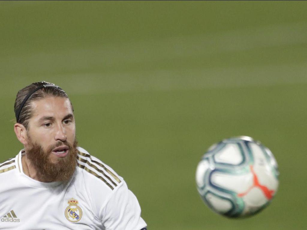Balas Sindiran Pique soal Real Madrid, Ramos Bilang Begini