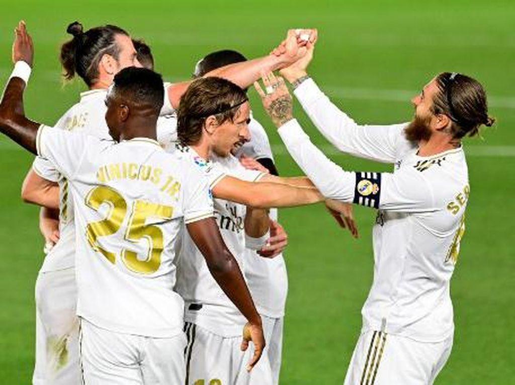 Madrid Geser Barcelona di Puncak Klasemen Liga Spanyol
