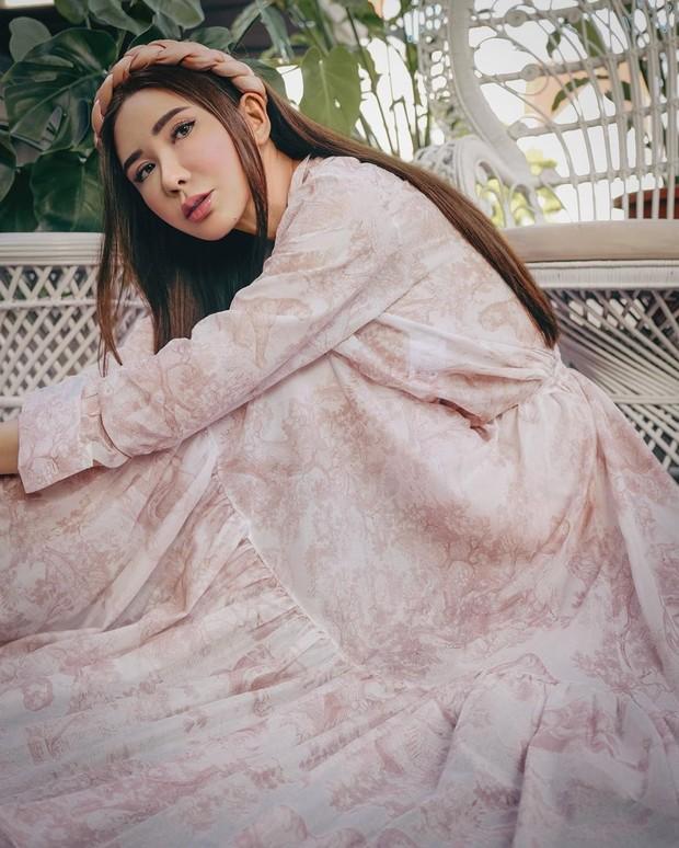 Potret Jamie Chua yang tetap cantik dan awet muda
