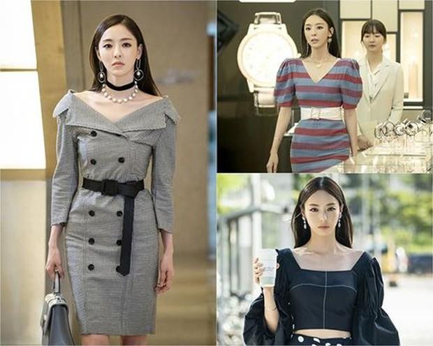 Memerankan dua judul drama yang berbeda namun tetap stylish.