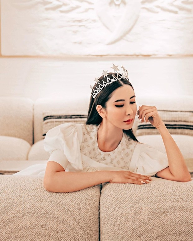 Potret cantik sosialita Jamie Chua