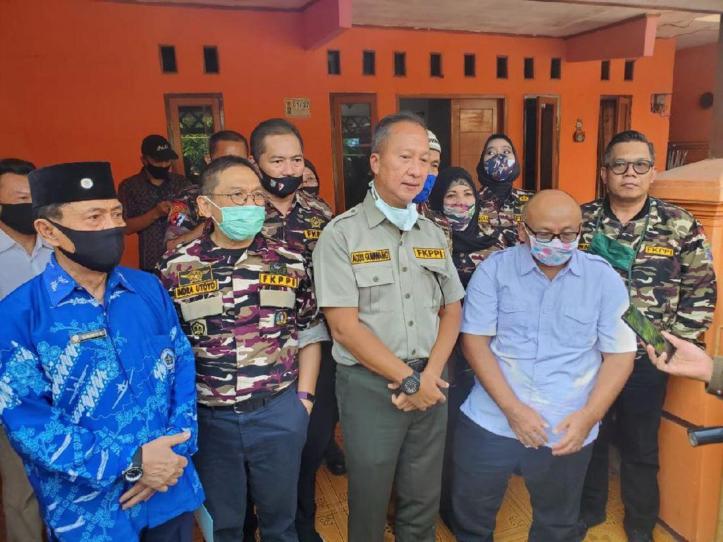 Menperin Agus Gumiwang dan FKPPI Salurkan Bantuan bagi Warga Terdampak Corona
