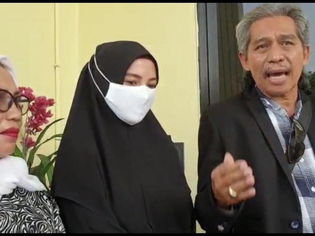 Limbad Resmi Cerai, Ini Isi Hati Benazir Selama Jadi Istri
