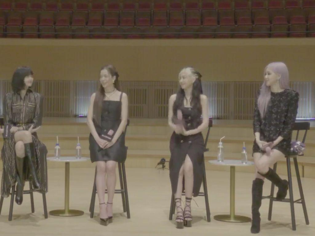 Gaya BLACKPINK Kenakan Hanbok Modern di MV How You Like That