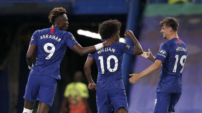 Manchester Citys Raheem Sterling reacts during the English Premier League soccer match between Chelsea and Manchester City at Stamford Bridge, in London, England, Thursday, June 25, 2020. (AP Photo/Paul Childs,Pool)