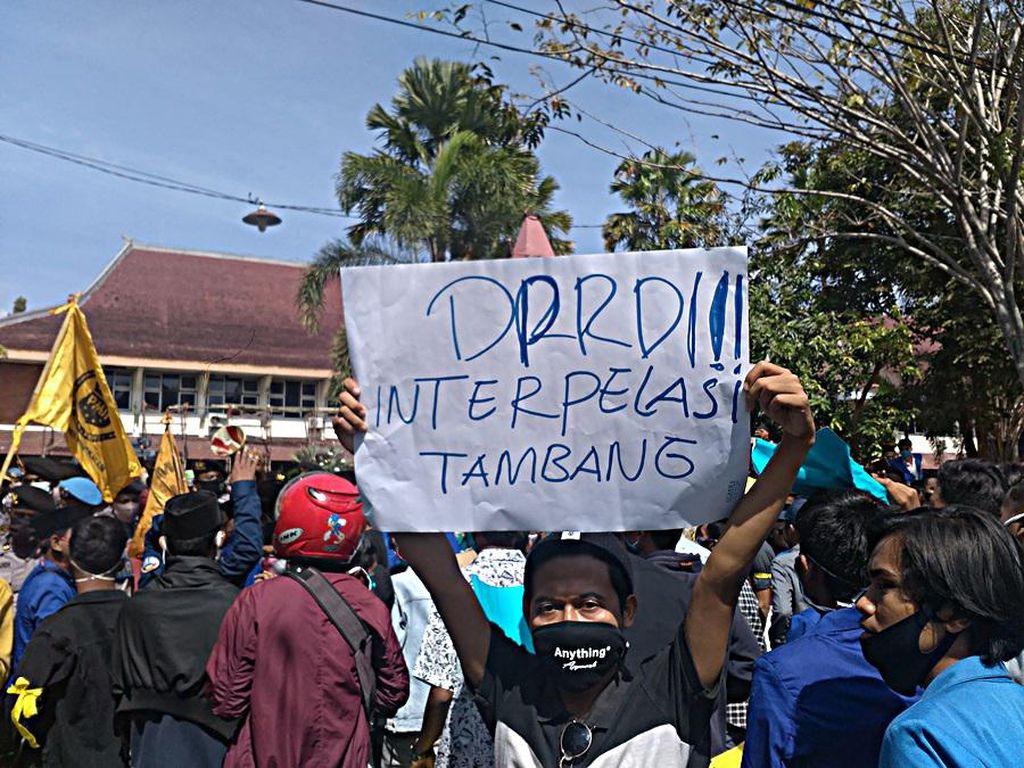 3 Mahasiswa Jadi Korban Demo di Pamekasan, Kepala dan Leher Berdarah-darah