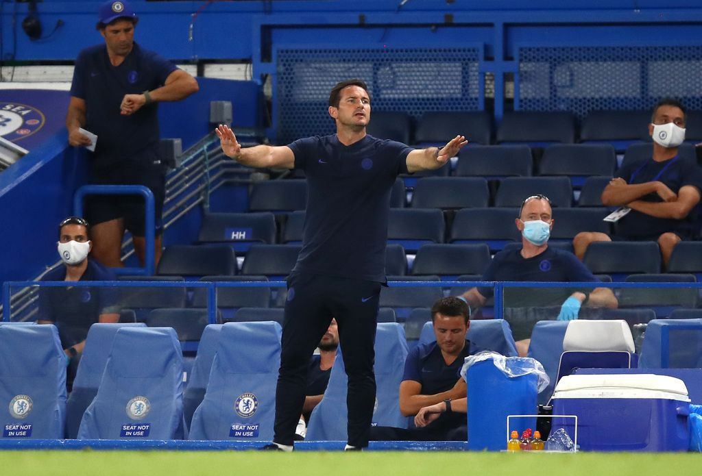 LONDON, ENGLAND - JUNE 25: Frank Lampard, Manager of Chelsea reacts during the Premier League match between Chelsea FC and Manchester City at Stamford Bridge on June 25, 2020 in London, United Kingdom. (Photo by Julian Finney/Getty Images)