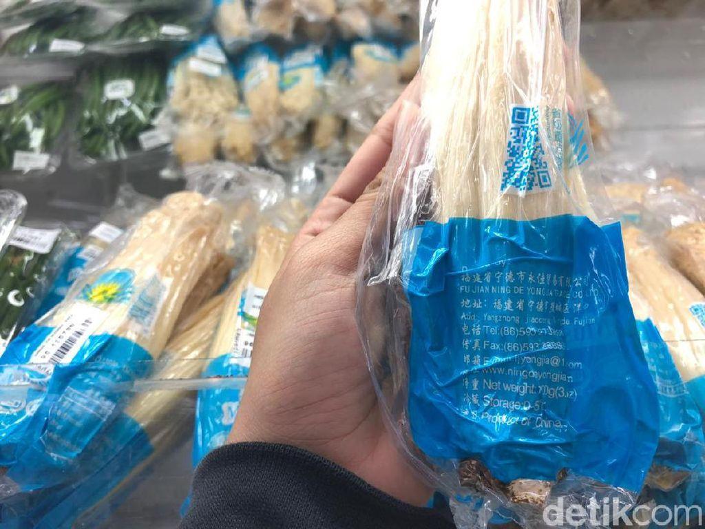 Jamur Enoki Masih Beredar di Pasaran