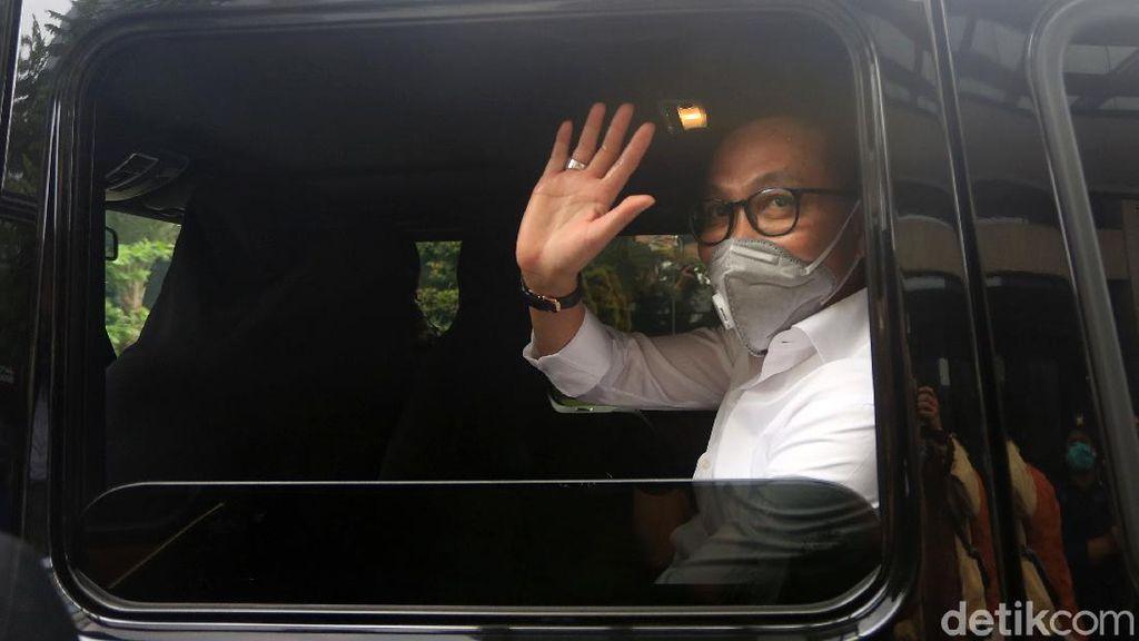 Ketua Komisi III DPR Temui Kapolda Metro Bahas Pembakaran Bendera PDIP