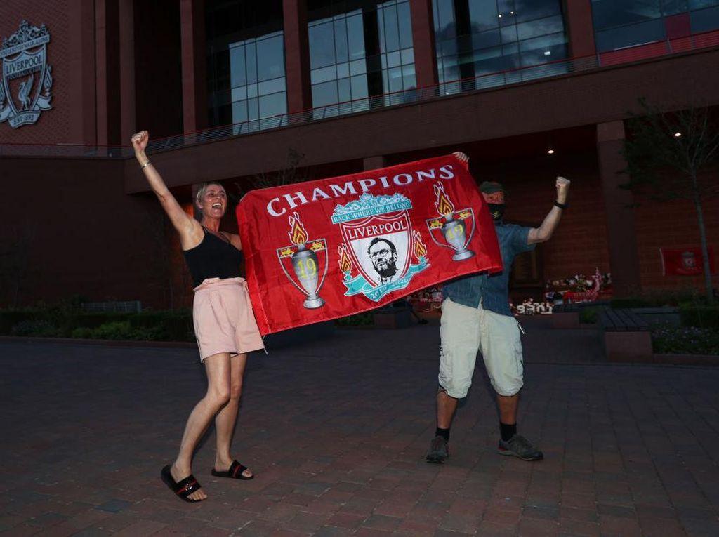 Liverpool Juara Liga Inggris, Fans Diimbau Jangan Pesta Agar Tak Kena Corona