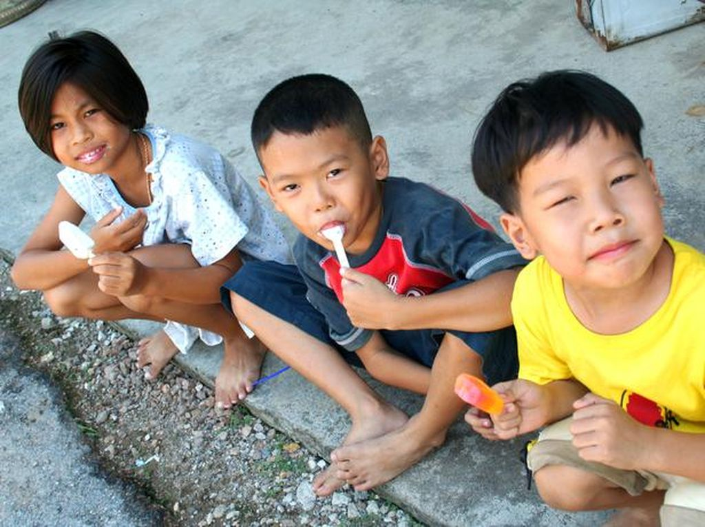 Makanan Impian Anak-anak Yatim Ini Ternyata Hanya Makanan Sederhana