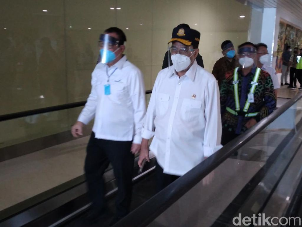 New Normal, Menhub Blusukan ke Bandara Kulon Progo