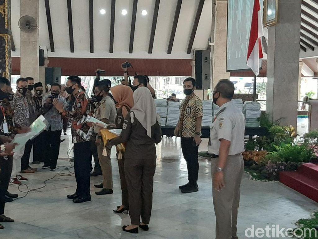 5.126 Sertifikat Tanah Dibagikan untuk Warga Kabupaten Malang Secara Virtual