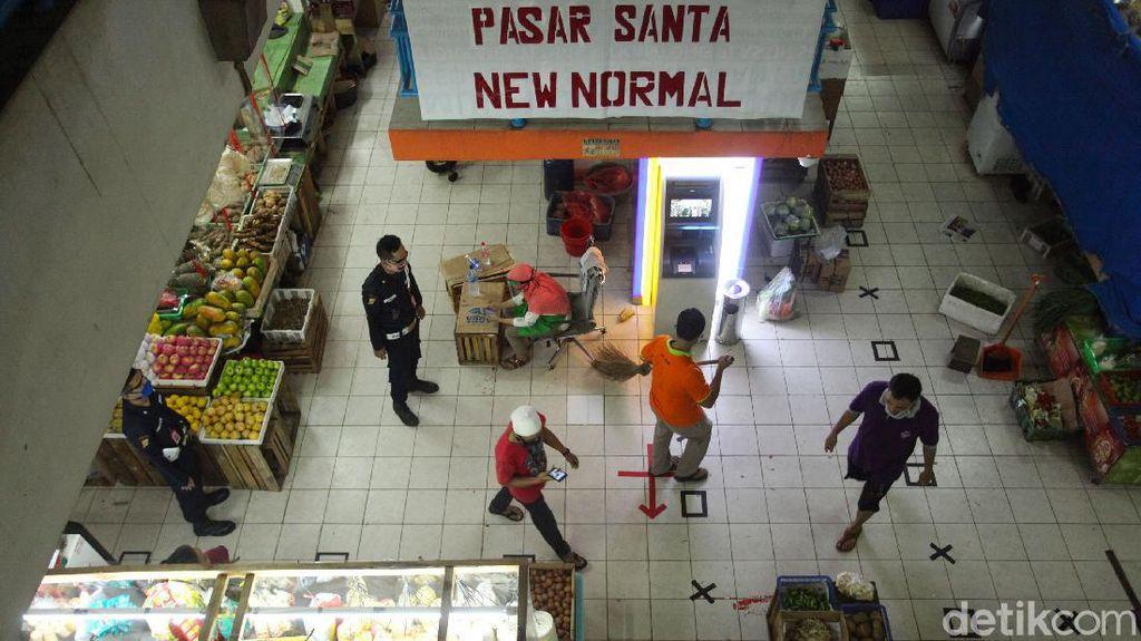 Penerapan Protokol Kesehatan di Pasar Santa
