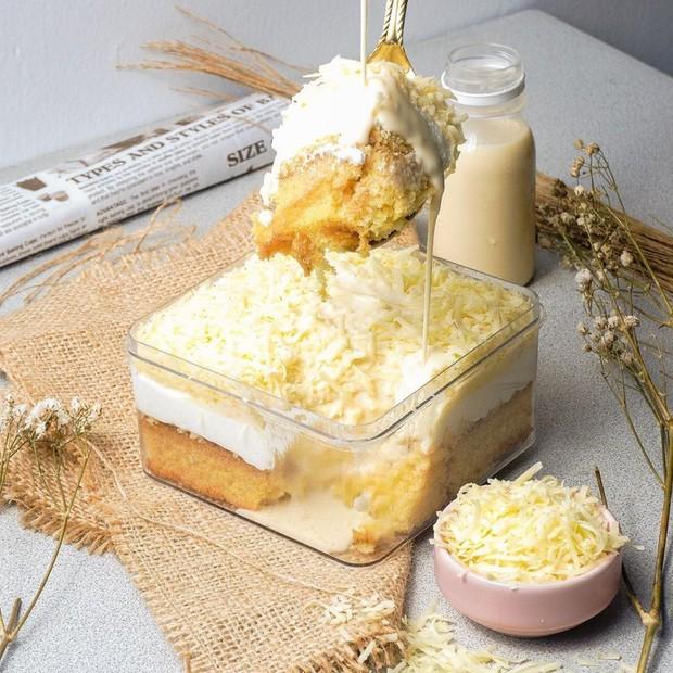 Yum! Varian dessert box dari Bittersweet by Najla yang patut kamu coba.