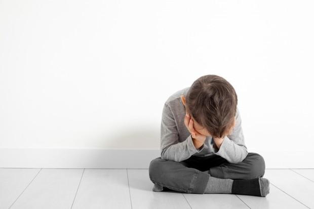 Perceraian orangtua dapat memberikan pengaruh pada tumbuh kembang anak.