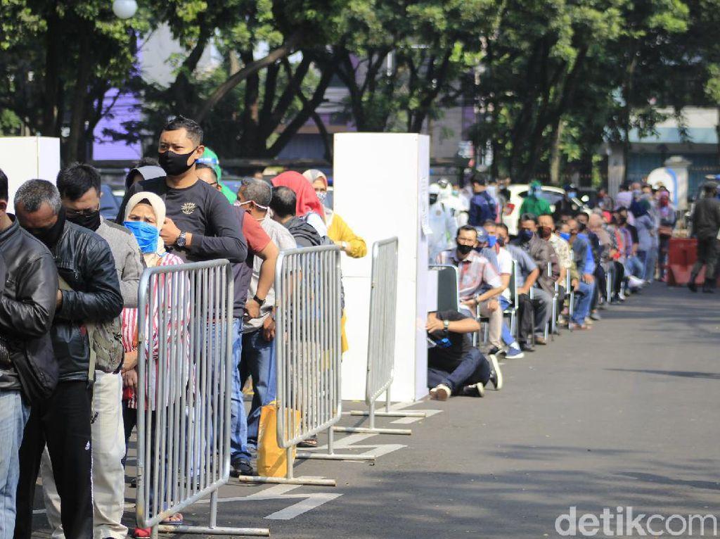 Hasil Terbaru Tes Masif BIN di Bandung: 43 Reaktif, 8 Orang Positif COVID-19