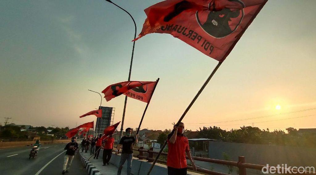 Kibarkan Bendera Partai, PDIP Kudus Merahkan Kota Kretek