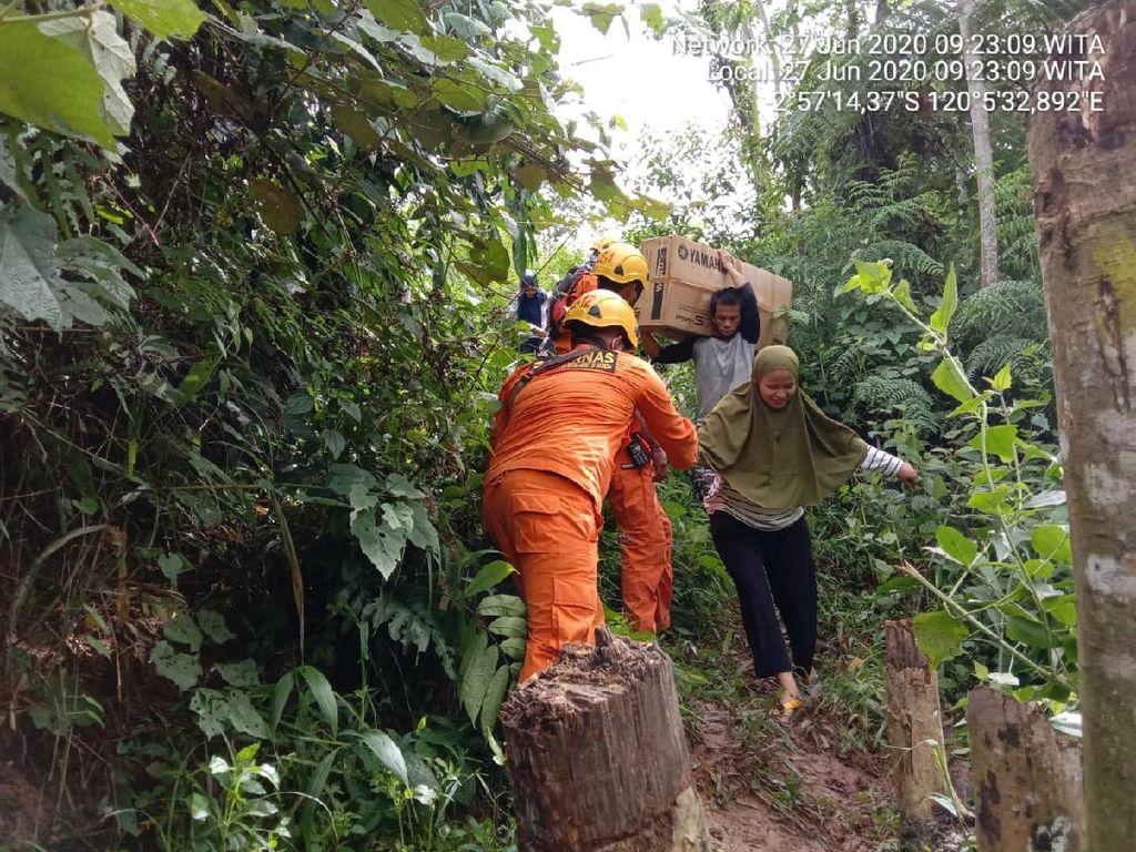 Tanah di Area Longsor Palopo Terus Goyang, Puluhan Warga Tetap Bertahan di Rumah