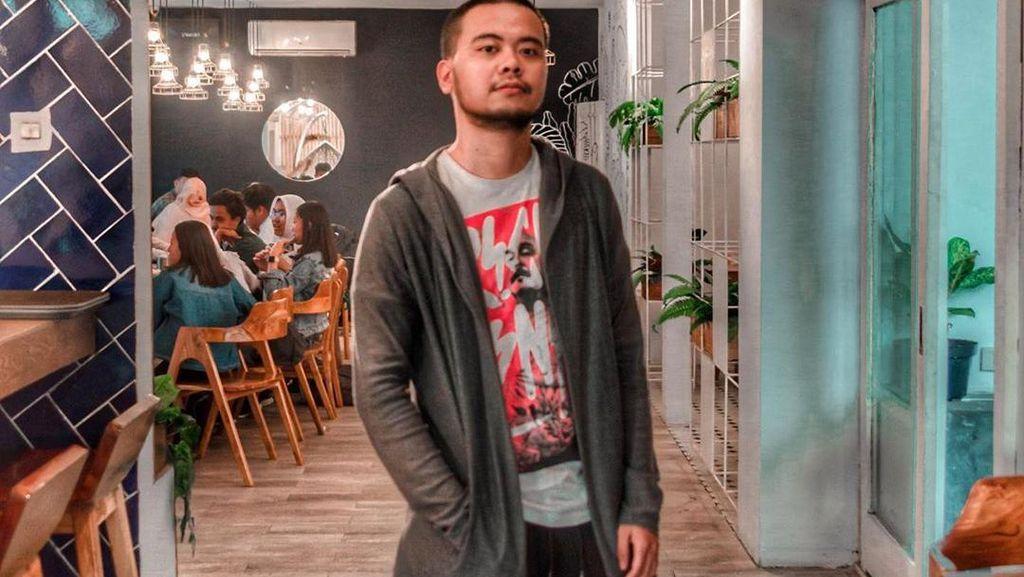 Reza SMASH Sering Nongkrong di Kafe Kekinian, Ini Buktinya