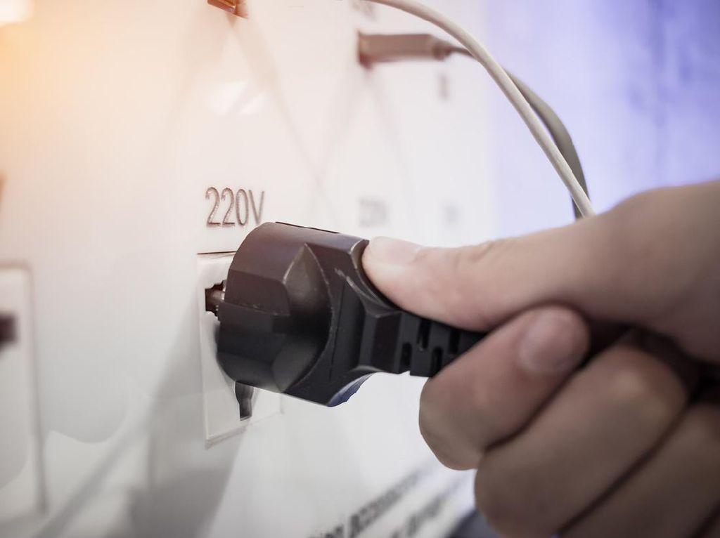 Terpopuler: Colokan Ventilator Dicabut untuk AC, Pasien COVID-19 Meninggal