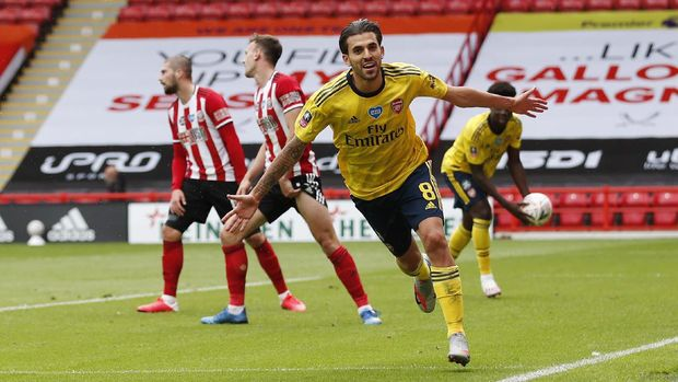 SHEFFIELD, ENGLAND - JUNE 28: Dani Ceballos of Arsenal celebrates after scoring his teams second goal during the FA Cup Fifth Quarter Final match between Sheffield United and Arsenal FC at Bramall Lane on June 28, 2020 in Sheffield, England. (Photo by Andrew Boyers/Pool via Getty Images)