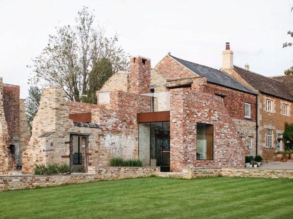 Pabrik Abad ke-17 Disulap Jadi Rumah Mewah, Begini Hasilnya