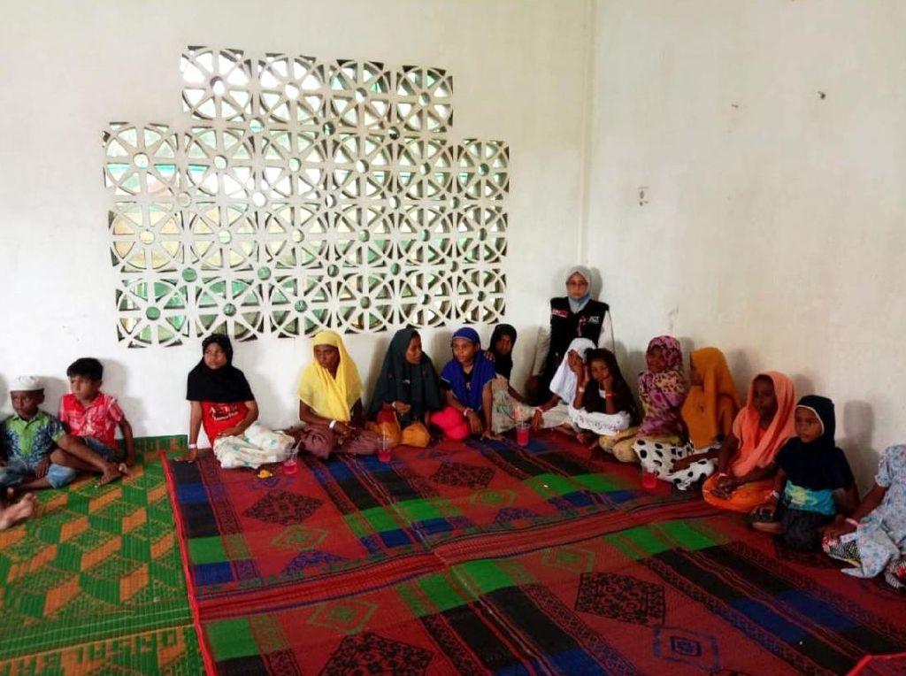 ACT Beri Pendampingan Psikososial buat PengungsiRohingya di Aceh