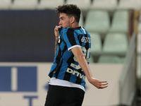 Bastoni Senang Betul Jadi Penentu Kemenangan Inter