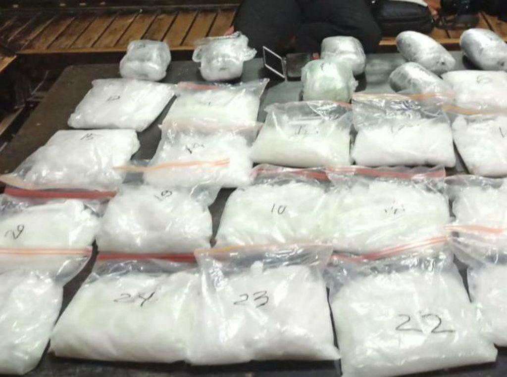 Transaksi di Tengah Laut, Tangkapan 25 Kg Sabu di Palu Berasal dari Malaysia