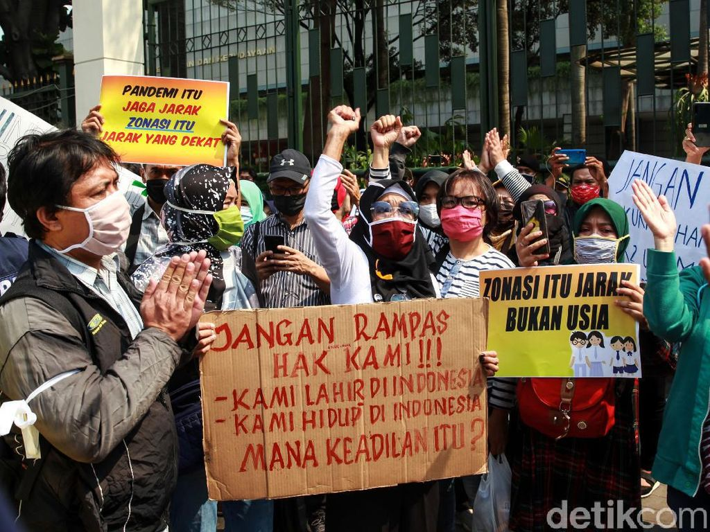 Fraksi Golkar Minta Anies Turun Tangan Langsung Urusi PPDB DKI