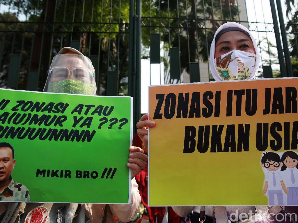 FOTM Ragukan Kebijakan Bina RW Akhiri Masalah Kuota PPDB DKI