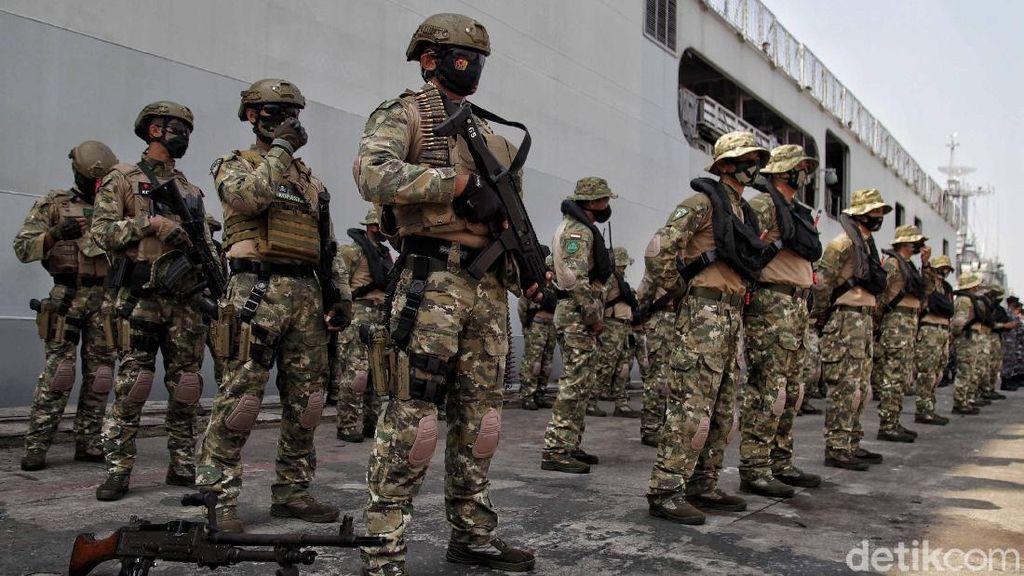 Gagahnya Kopaska Bersiap Lakukan Latihan Perang Laut Khusus