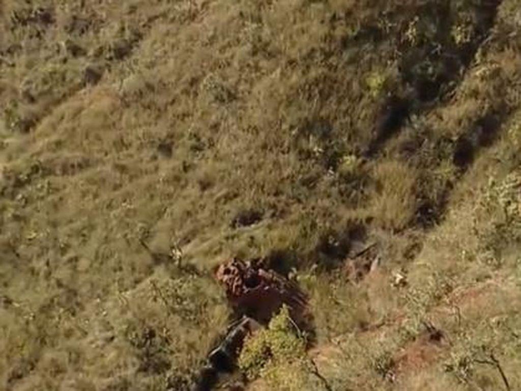 Naik Land Rover Kecelakaan Masuk Jurang 200 Meter, Pesepakbola Brasil Selamat!
